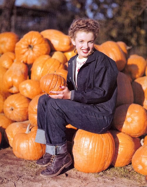 Marilyn Monroe and pumpkins, late 1940's