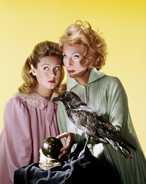 Elizabeth Montgomery and Agnes Moorehead