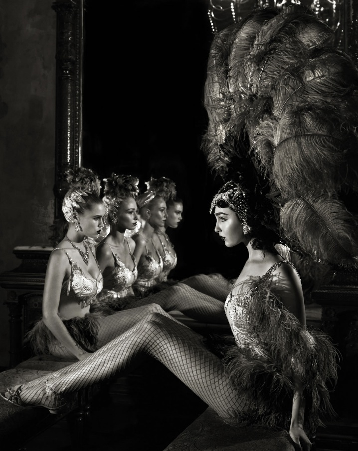 Chorus Girls, by Giuliano Bekor