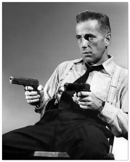 Humphrey Bogart, guns drawn