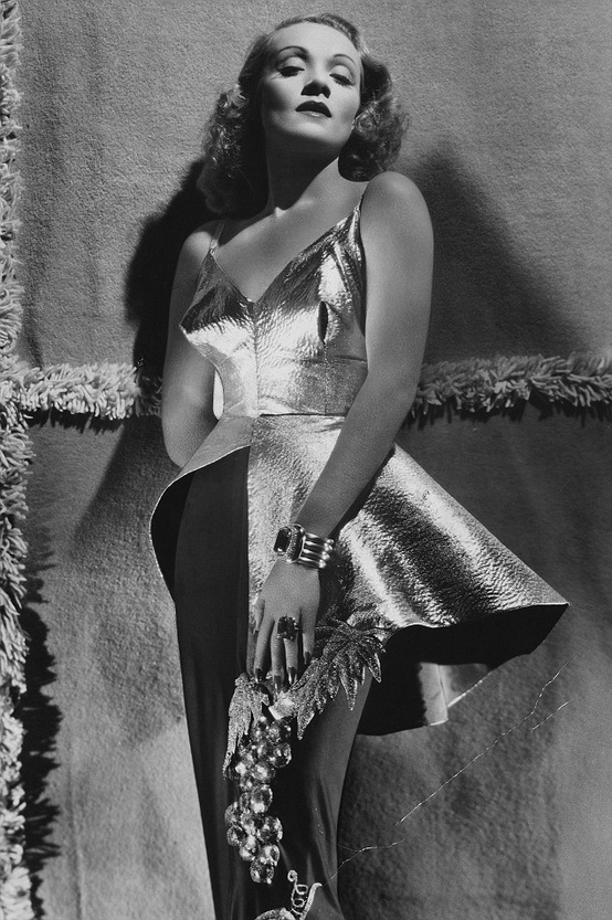 Marlene Dietrich, 1940