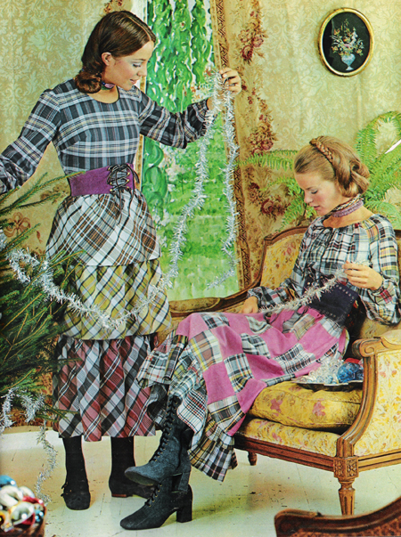 Christmas 1960s – Mixed plaids and patchwork quilt dresses