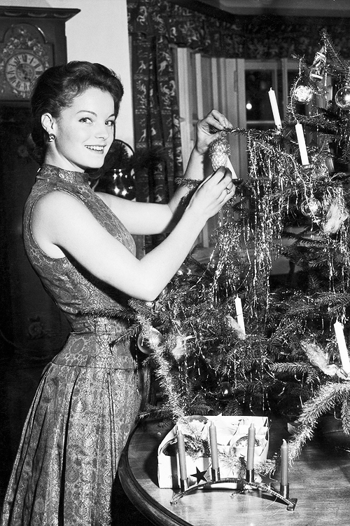 Merry Christmas from Romy Schneider