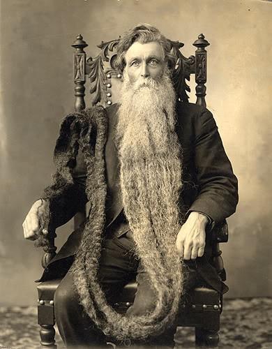 Man with a very longbeard