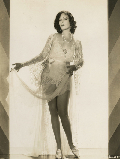 Juliette Compton, showing off her gams