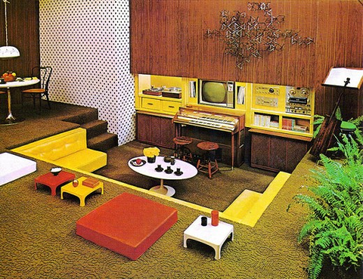 1970s conversation pit with electric organ matthew 39 s for Jaren 60 interieur