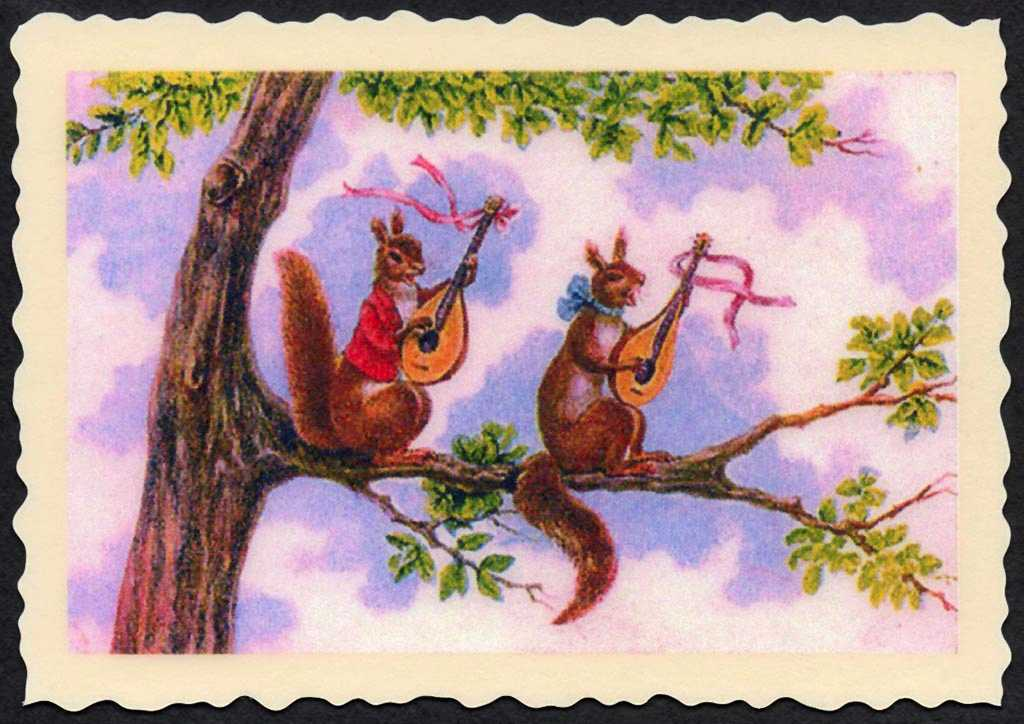 2 squirrels withukeleles