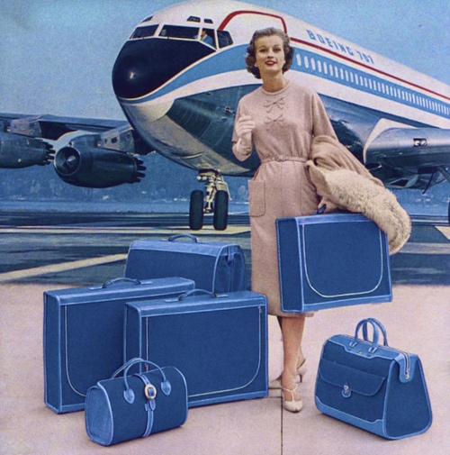 Matching luggage and a Boeing 707