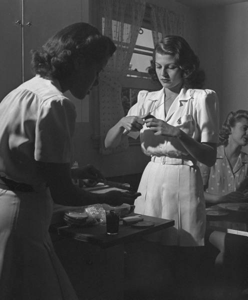 In the kitchen with Rita Hayworth