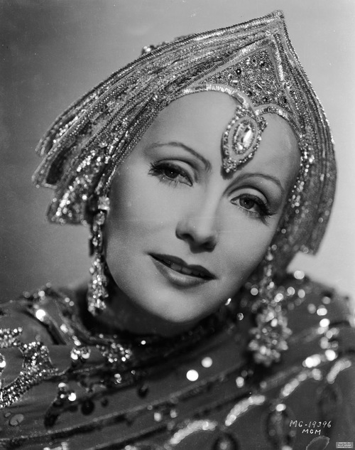 Greta Garbo, as Mata Hari, blinging out, 1931
