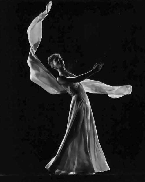 Mary Martin, 1943