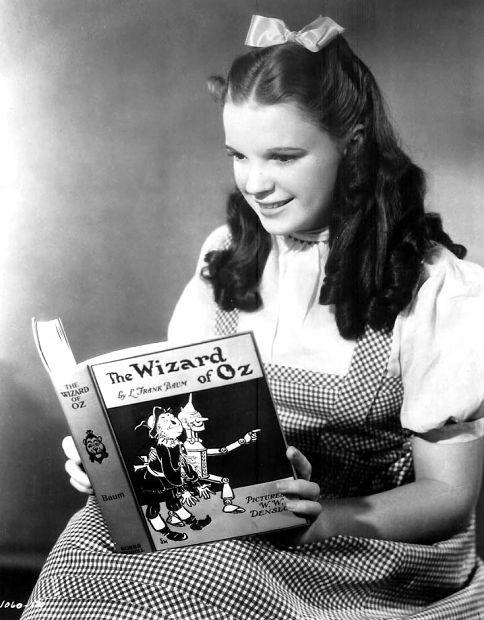 "Judy Garland reading ""The Wizard ofOz"""