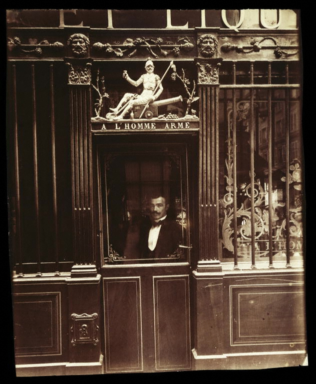 Photo by Eugene Atget, Paris, 1900