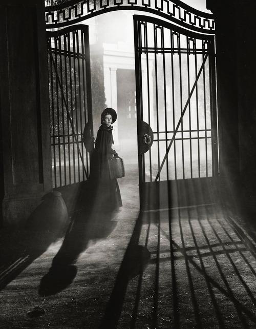 "Joan Fontaine in ""JaneEyre"""