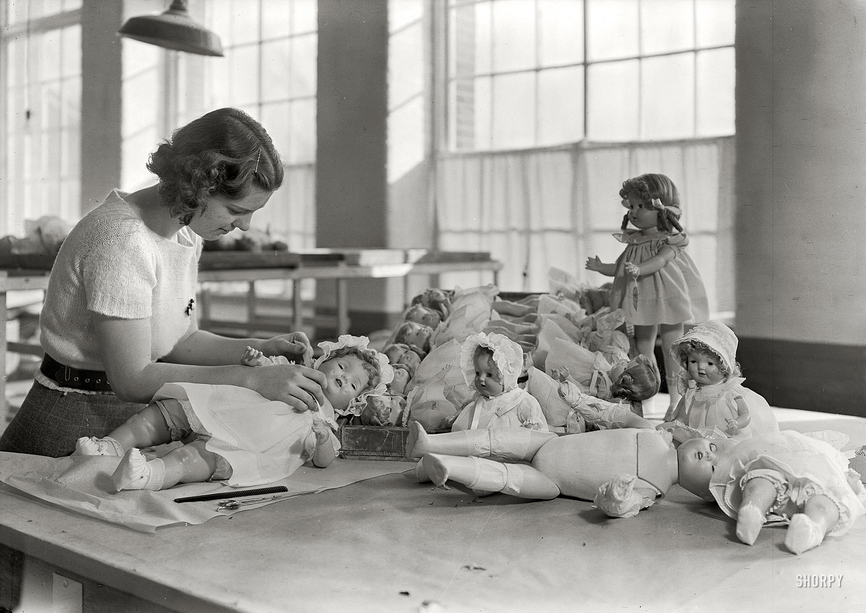 Working In A Doll Factory Circa 1930 Matthew S Island