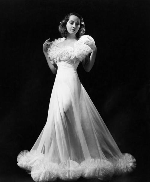 Merle Oberon, 1938