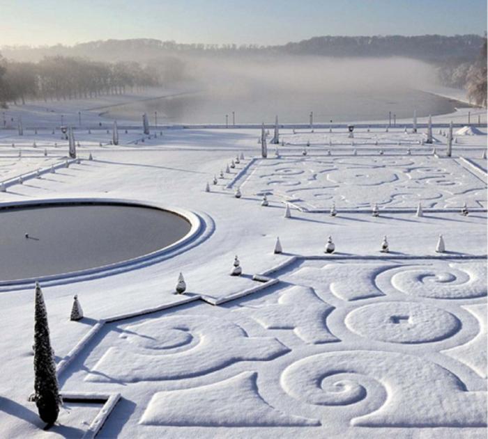 Snow at Versailles