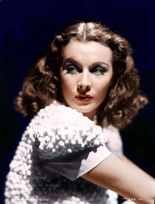 A colourized photo of Vivien Leigh by Paramount Pictures