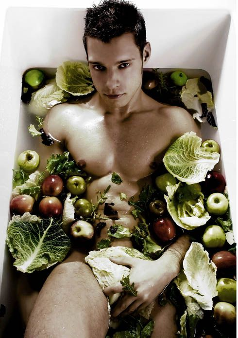 Taking a bath with cabbage andapples