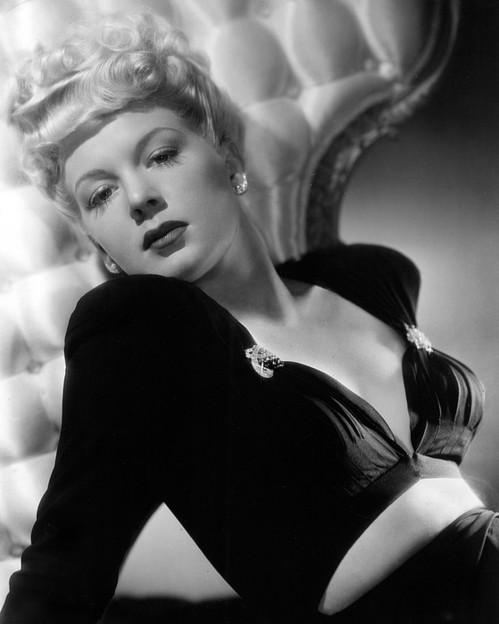 Betty Hutton, 1943