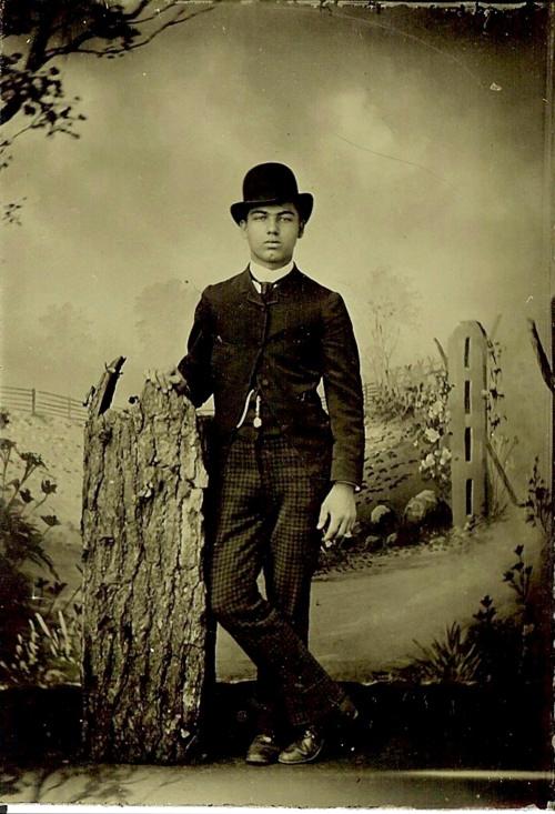 Man wearing a bowler hat,1800s