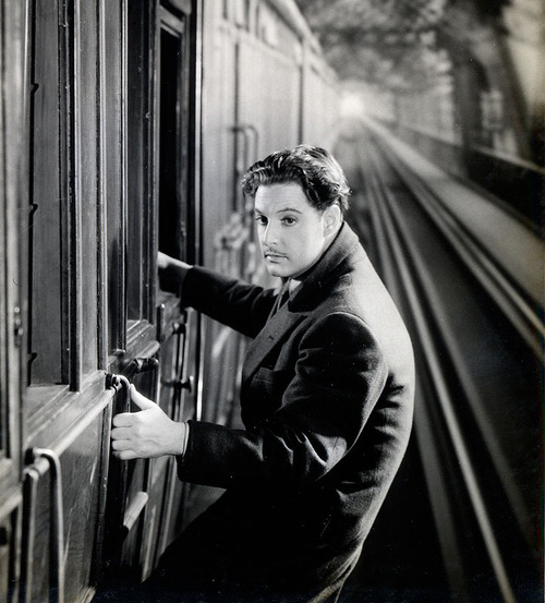 """Robert Donat in Hitchcock's """"The 39Steps"""""""