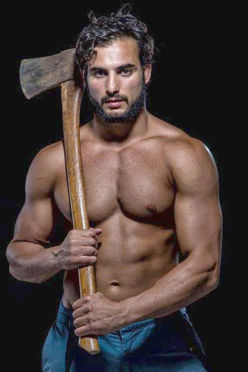 Gratuitous Shirtless Lumberjack