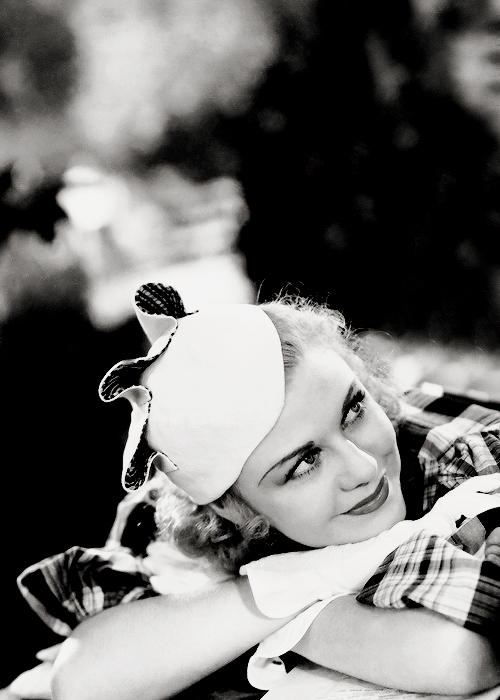 Ginger Rogers, 1933