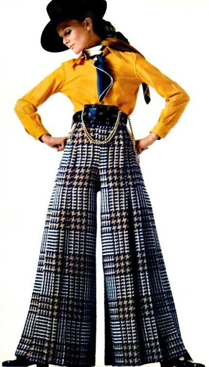 1960s fashion: Macro houndstooth bellbottoms