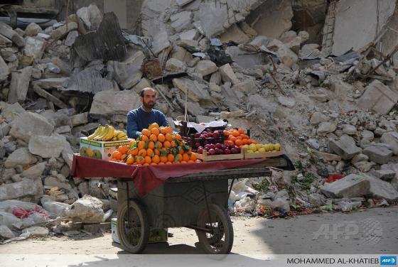 syria fruit seller
