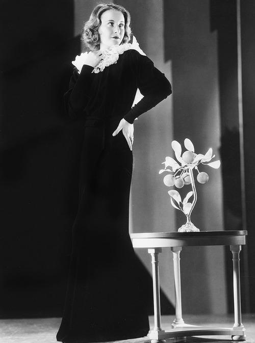 Barbara Stanwyck 23