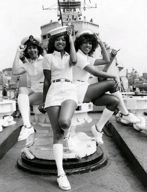 THE THREE DEGREES 1976
