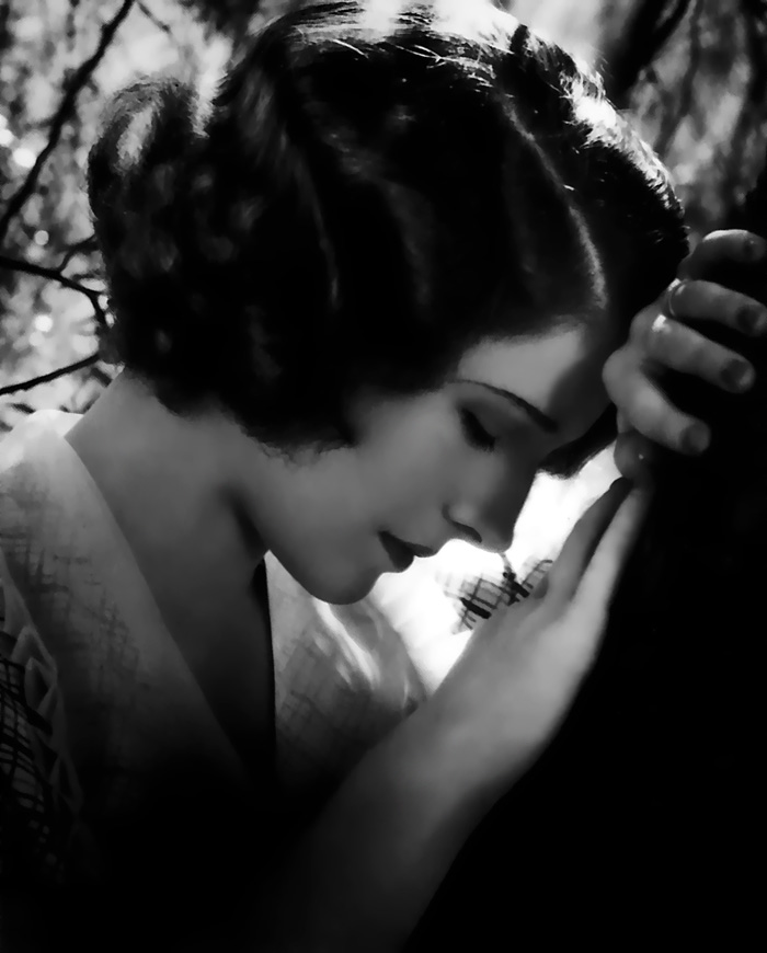 Norma Shearer, having a quiet moment
