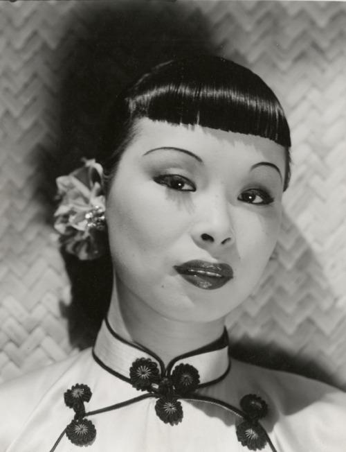 Burlesque dancer, San Francisco,1940s