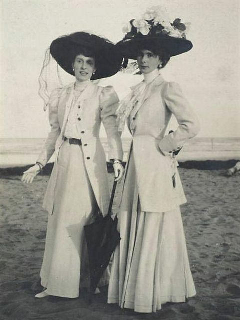 ladies fashion 1800s 1281