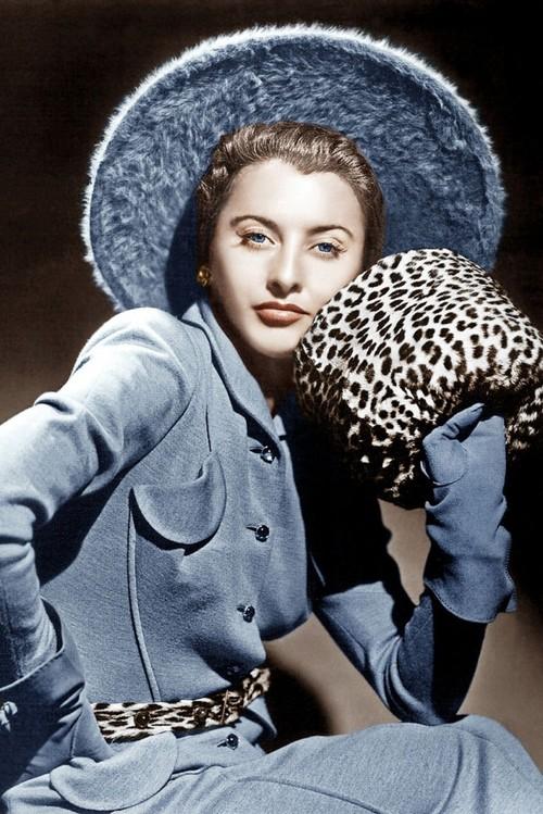 Barbara Stanwyck, Ithink