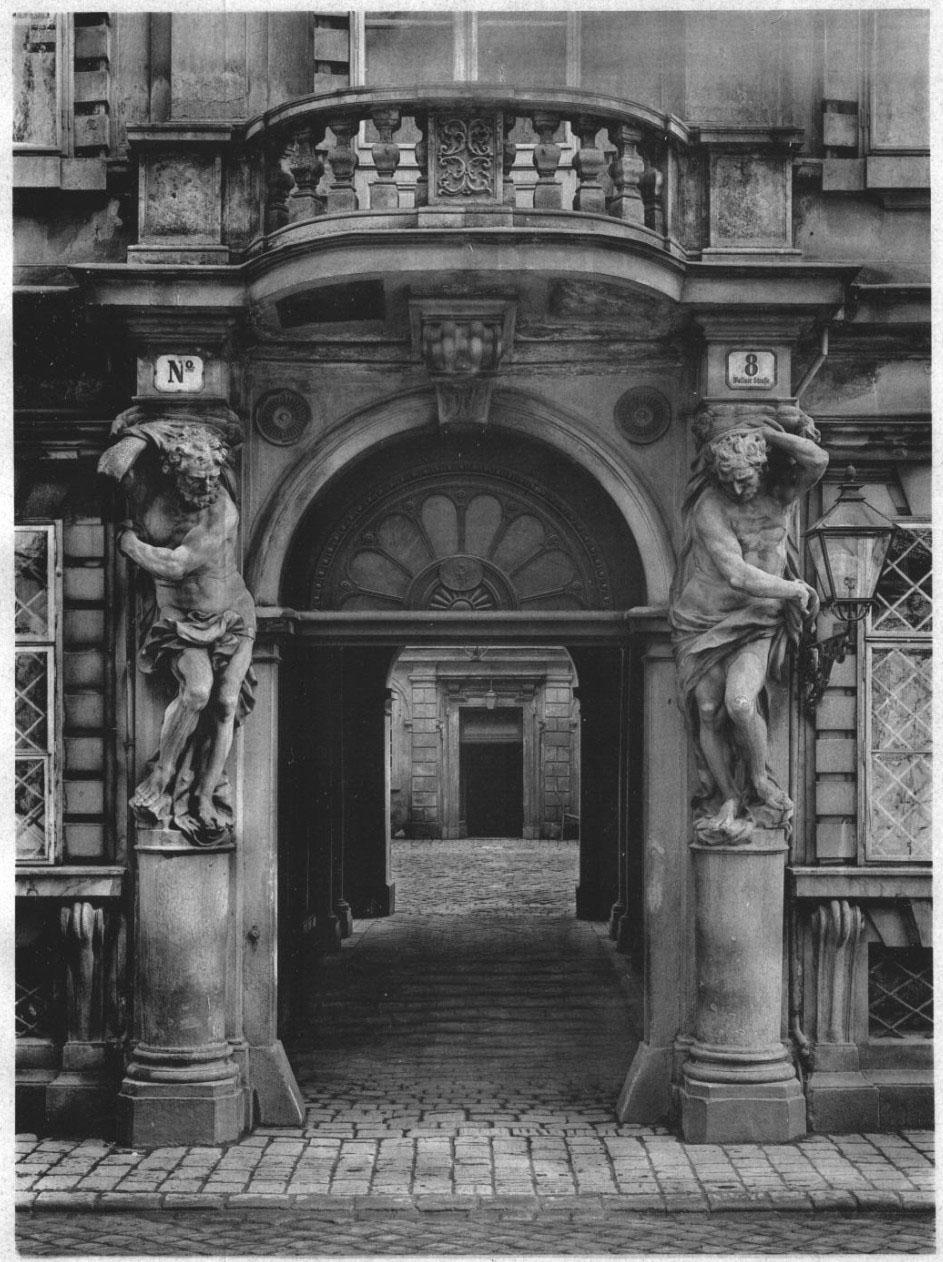 Courtyard entrance, Paris