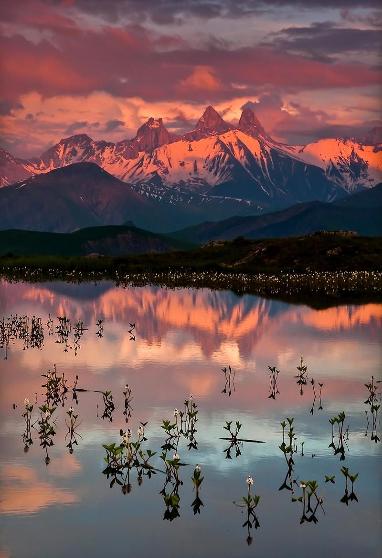 Sunset on Lac Guichard (France) by JorisKiredjian