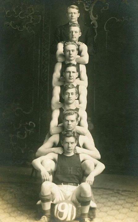 1911, 7 MenTogether
