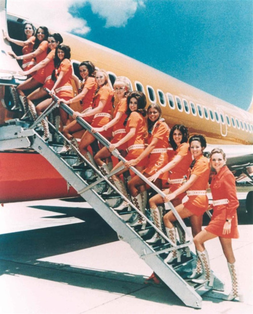 Braniff Airlines Stewardesses,1960s/70s