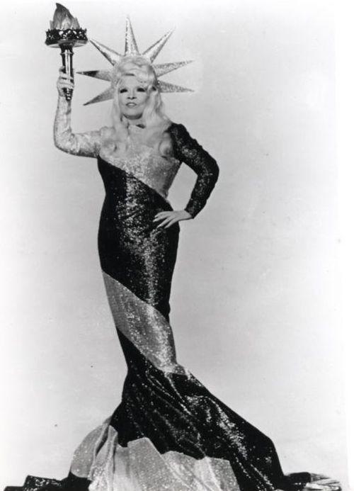 Mae West in a patrioticpose