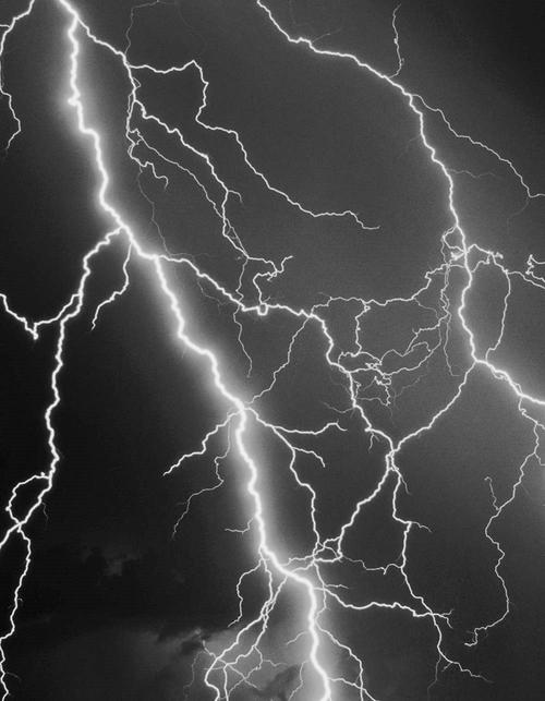 lightning 4502