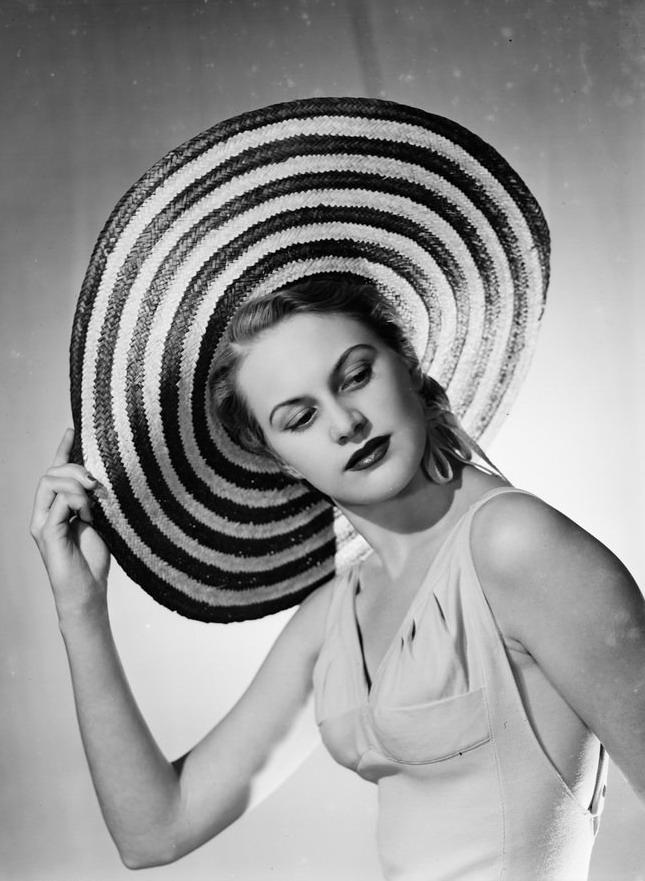 Hat, 1949