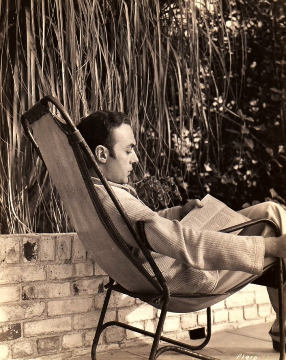 Charles Boyer 32