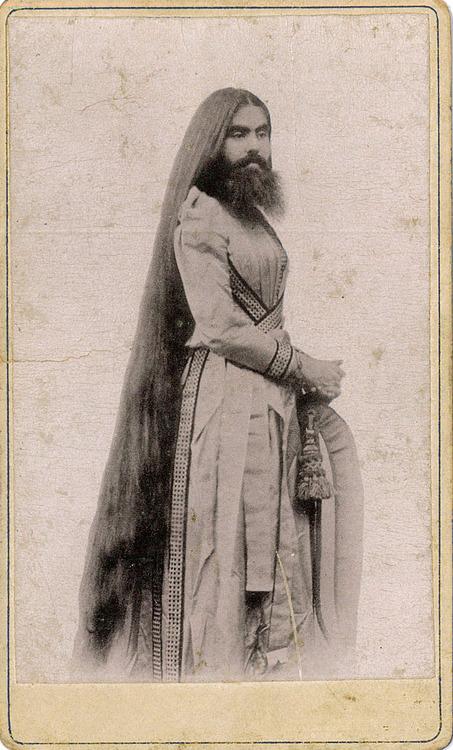 freak bearded lady 2131