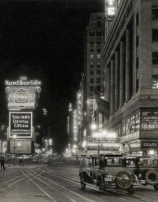NYC TIMES SQUARE 1930s 500