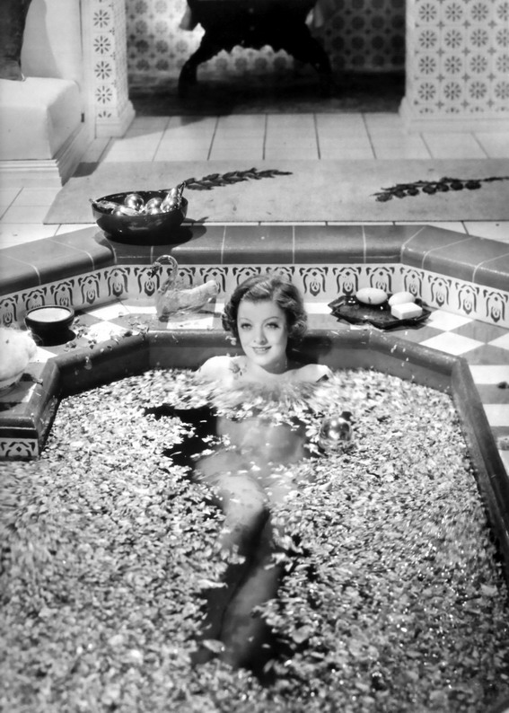 Myrna Loy in a bath
