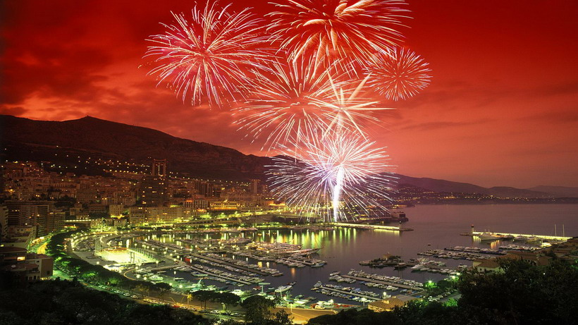 Fireworks over Monte-Carlo