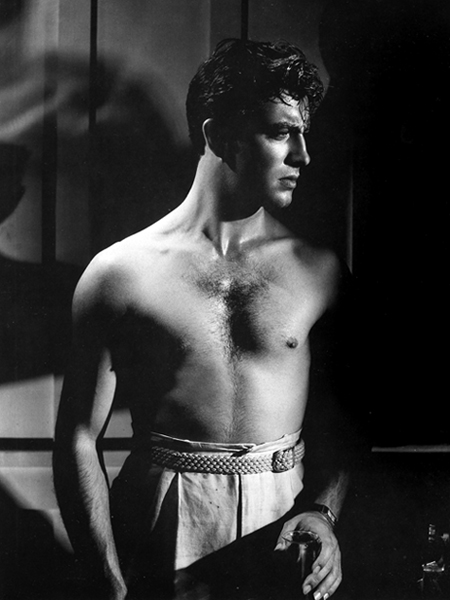 Shirtless Robert Taylor