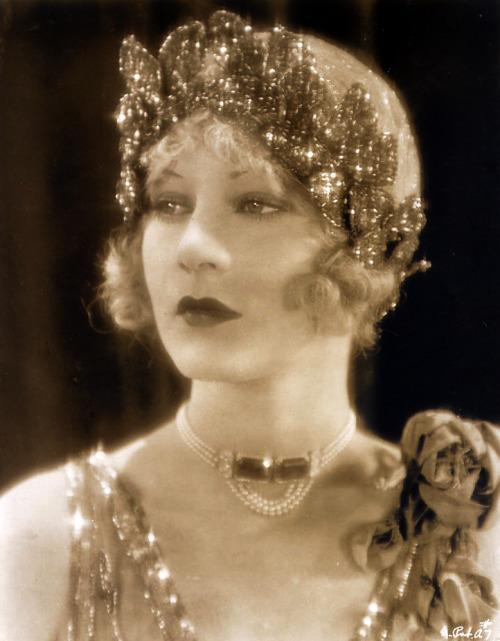 Helene Costello, 1926